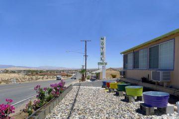 Nine Palms Inn Motel